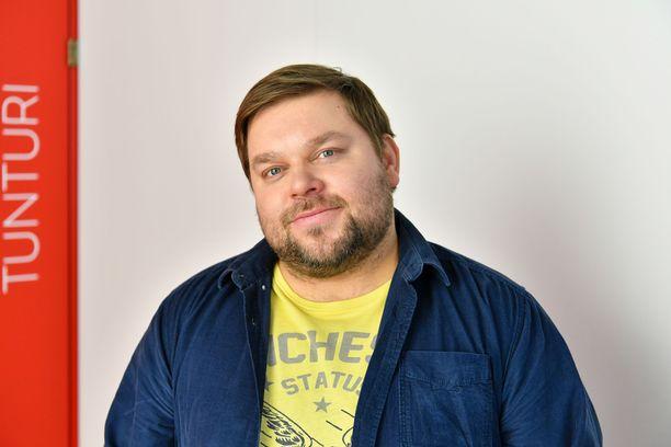 Mikko Töyssyn paino on noussut tunnesyömisen ja ahmimisen vuoksi.