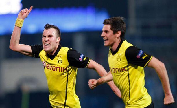 Dortmund oli lähellä pudota jatkosta, mutta lopulta Kevin Grosskreutzin maali vei saksalaiset lohkovoittoon.