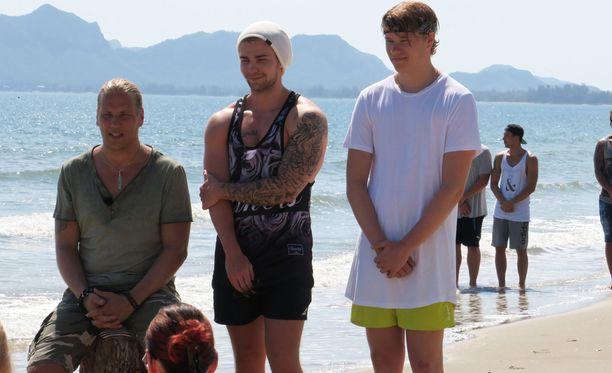 Kuvassa oikealla oleva Jaakko Parkkali oli mukana myös Temptation Island Suomen toisella kaudella.