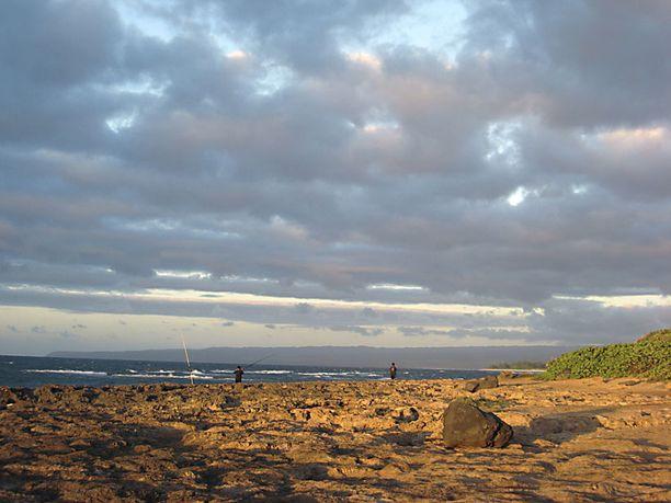 Ouahun Luoteisrannikko on kivistä ja karua, kalastajien suosimaa aluetta.