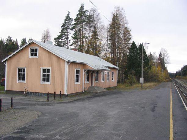 Tapon yritys tapahtui Joensuun Enossa maaliskuussa. Kuvassa Enon rautatieasema.