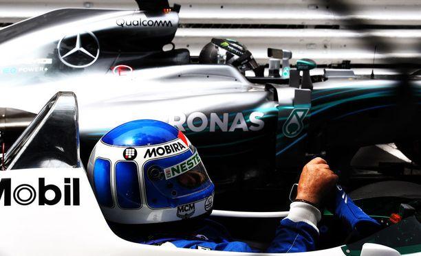 Neste ja Mobira saivat hyvää mainosta Monacon GP-torstaina.