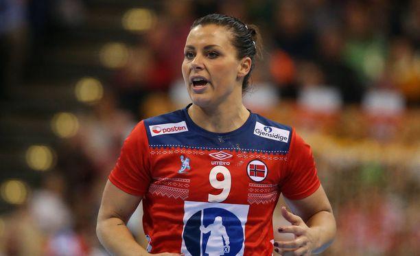 Nora Mörk on yksi Norjan käsipallomaajoukkueen tähtipelaaja.