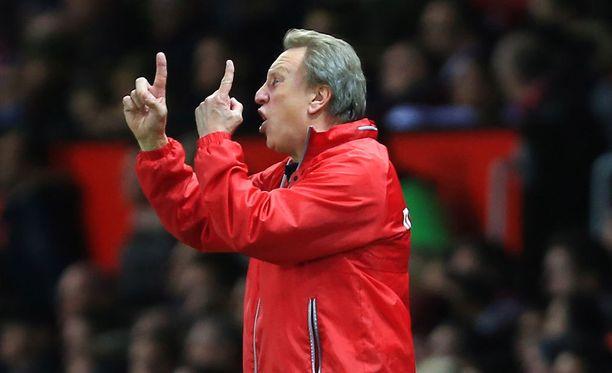 Tuoko Neil Warnock QPR:ään ryhtiä?