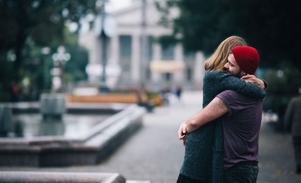 lakeja vastaan dating avio mies