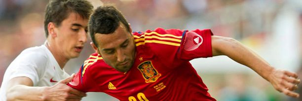 Santi Cazorla oli myös Espanjan EM-joukkueessa, mutta lähinnä vaihtopenkillä.